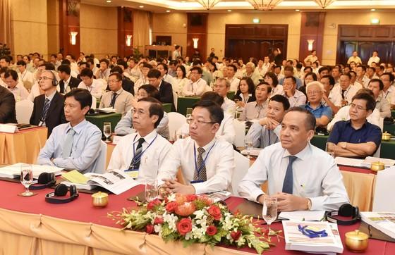 Bí thư Thành ủy Nguyễn Thiện Nhân: Cần hình thành một chiến lược phát triển cây xanh TPHCM ảnh 2