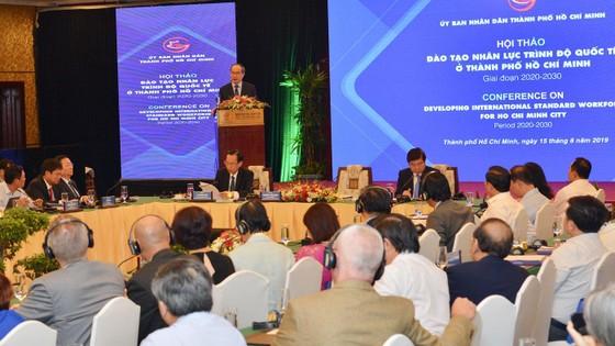 Bí thư Thành ủy TPHCM Nguyễn Thiện Nhân: Đào tạo nhân lực trí tuệ nhân tạo đạt trình độ quốc tế ảnh 7