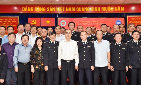 Bí thư Thành ủy TPHCM Nguyễn Thiện Nhân: Xem xét thu phí hạ tầng cảng biển tại TPHCM ảnh 4