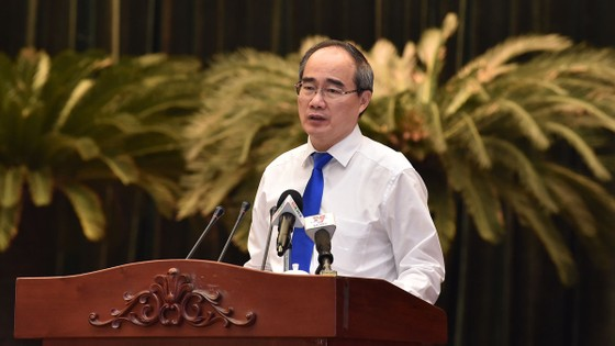 Bí thư Thành ủy TPHCM Nguyễn Thiện Nhân: Cải thiện môi trường sống để thu hút đầu tư ảnh 1