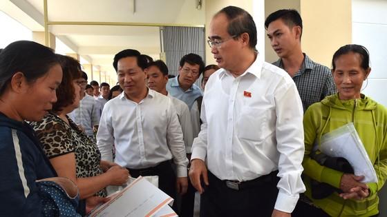 Cử tri huyện Nhà Bè nêu bức xúc về nhà, đất với Bí thư Thành ủy TPHCM Nguyễn Thiện Nhân ảnh 3