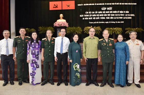 Bí thư Thành ủy TPHCM Nguyễn Thiện Nhân gặp cán bộ cao cấp quân đội nghỉ hưu ảnh 1