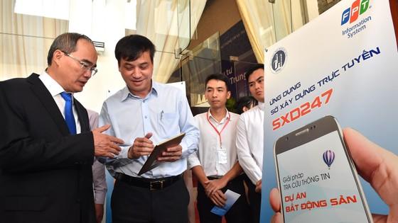 Bí thư Thành ủy TPHCM Nguyễn Thiện Nhân: Đưa công nghệ thông tin - truyền thông thành ngành chủ lực ảnh 1