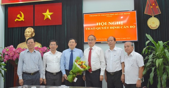 Trưởng ban Nội chính Thành ủy TPHCM Trần Thế Lưu nghỉ hưu ảnh 1