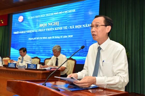 Chủ tịch UBND TPHCM Nguyễn Thành Phong: Kéo giảm ùn tắc giao thông và ô nhiễm môi trường ảnh 3