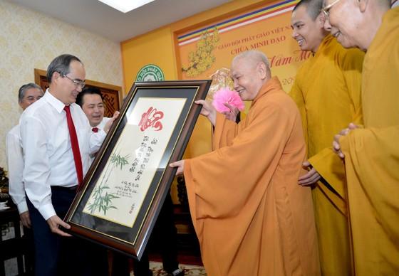 Bí thư Thành ủy TPHCM Nguyễn Thiện Nhân thăm, chúc tết các tổ chức, chức sắc tôn giáo ảnh 3