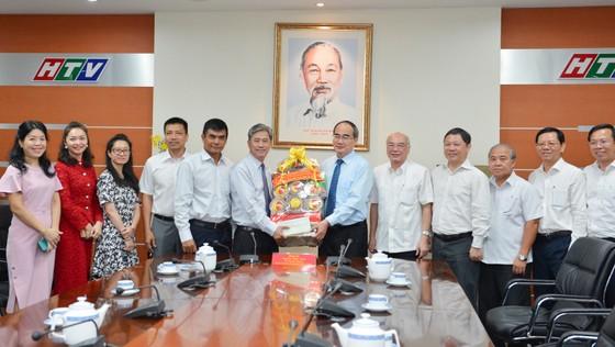 Bí thư Thành ủy TPHCM Nguyễn Thiện Nhân đặt hàng công tác tuyên truyền để góp phần phát triển TPHCM ảnh 1