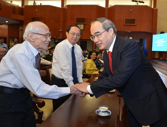Bí thư Thành ủy TPHCM Nguyễn Thiện Nhân: Tạo dựng niềm tin của nhân dân ảnh 3