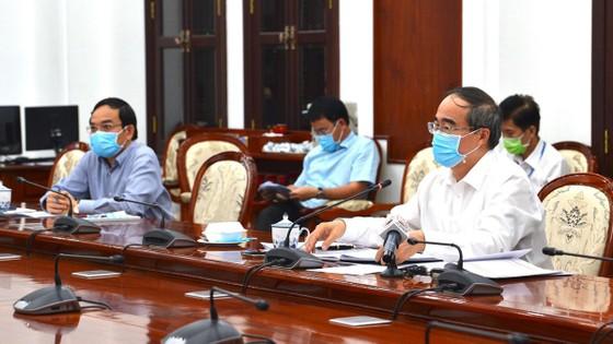 Bí thư Thành ủy TPHCM Nguyễn Thiện Nhân: Tổ chức đi học khi trường học an toàn ảnh 1