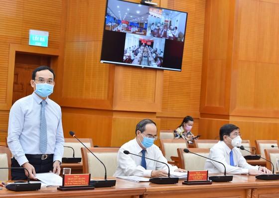 Bí thư Thành ủy TPHCM: Từng bước đưa sản xuất, sinh hoạt tại TPHCM trở lại bình thường ảnh 4