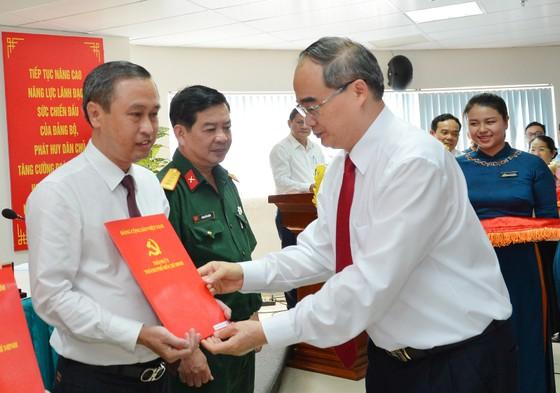 Ban Bí thư chỉ định 1 Ủy viên Ban Thường vụ và 5 Thành ủy viên tại TPHCM ảnh 4