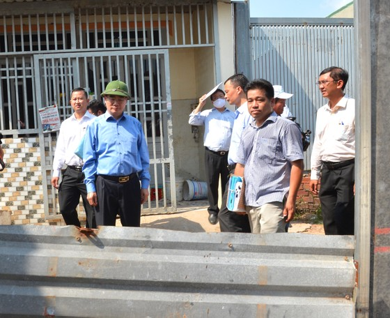 Bí thư Thành ủy TPHCM: Rà soát, xử lý hình sự đầu nậu phân lô đất nông nghiệp xây dựng không phép ảnh 1