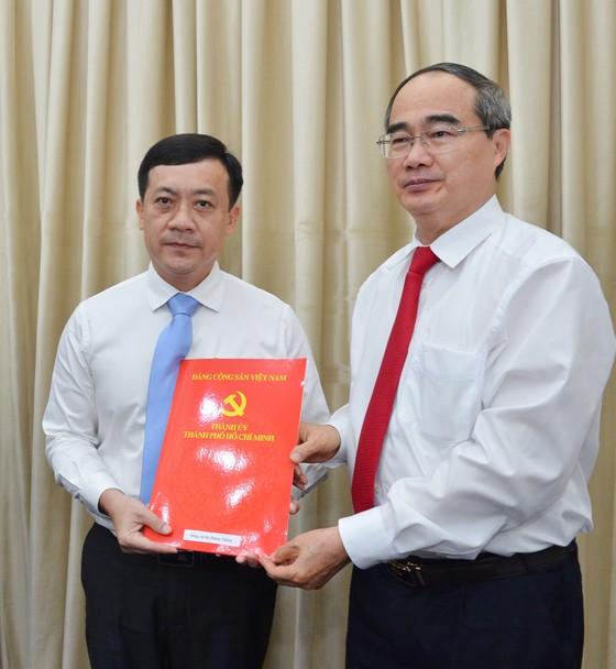 Ban Bí thư chỉ định bổ sung 2 Ủy viên Ban Chấp hành Đảng bộ TPHCM ảnh 2