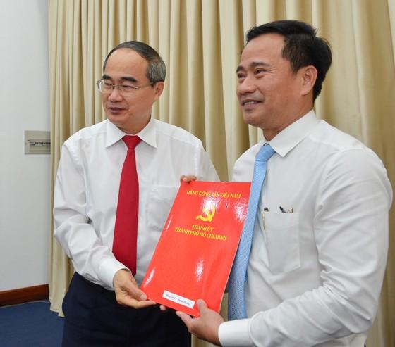 Ban Bí thư chỉ định bổ sung 2 Ủy viên Ban Chấp hành Đảng bộ TPHCM ảnh 1