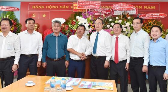 Bí thư Thành ủy TPHCM Nguyễn Thiện Nhân thăm, chúc mừng các cơ quan báo chí ảnh 2