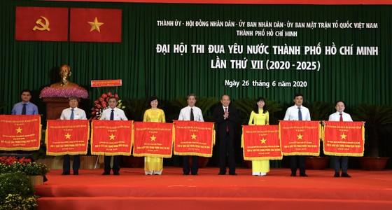 Phó Thủ tướng Thường trực Chính phủ kỳ vọng TPHCM tiếp tục đi đầu cả nước về thi đua yêu nước ảnh 4