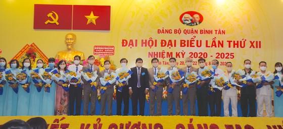 Đồng chí Lê Văn Thinh tái đắc cử Bí thư Quận ủy quận Bình Tân ảnh 1