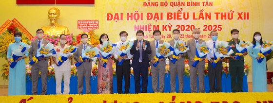 Đồng chí Lê Văn Thinh tái đắc cử Bí thư Quận ủy quận Bình Tân ảnh 3