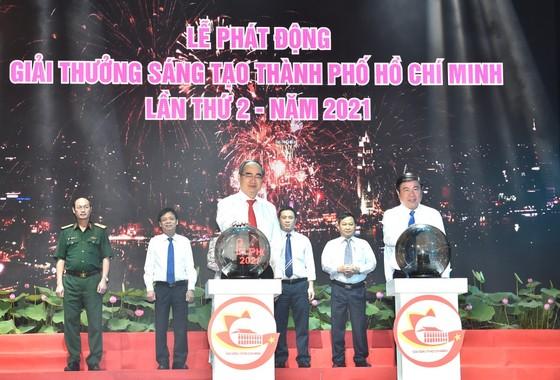 Bí thư Thành ủy TPHCM Nguyễn Thiện Nhân: Định hướng đúng, dù khó khăn người dân vẫn hưởng ứng ảnh 3