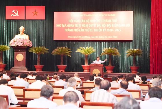 Bí thư Thành ủy TPHCM Nguyễn Văn Nên: Cụ thể hóa nghị quyết bằng chương trình sát sườn, đưa TPHCM phát triển nhanh, bền vững ảnh 2