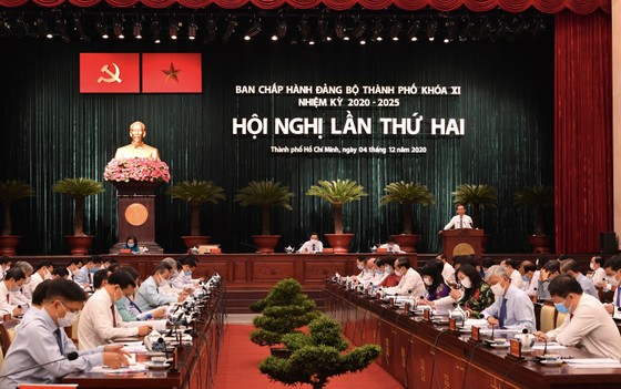 Bí thư Thành ủy TPHCM Nguyễn Văn Nên: Dịch Covid-19 quay trở lại,  TPHCM đang quyết liệt xử lý ảnh 1