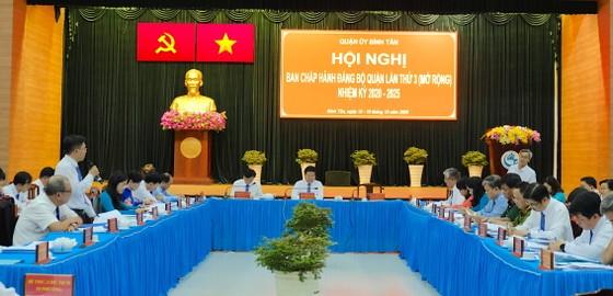 Năm 2020, kinh tế quận Bình Tân duy trì tốc độ tăng trưởng 13,63% ảnh 2