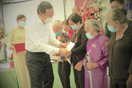 Bí thư Thành ủy TPHCM Nguyễn Văn Nên: Tạo nỗ lực mới, đưa đất nước phát triển hùng cường ảnh 4