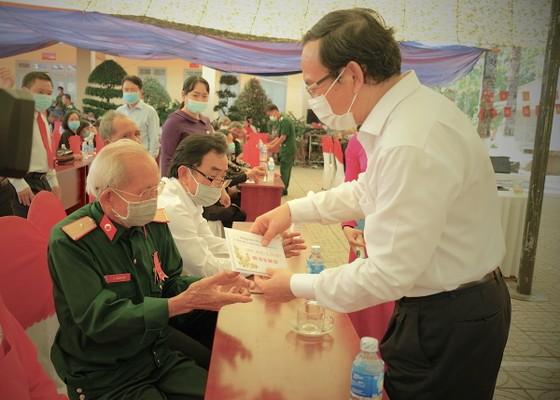 Bí thư Thành ủy TPHCM Nguyễn Văn Nên: Tạo nỗ lực mới, đưa đất nước phát triển hùng cường ảnh 5
