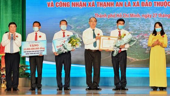 Chủ tịch UBND TPHCM Nguyễn Thành Phong: Tạo mọi thuận lợi để Cần Giờ hoàn thành nhiệm vụ ảnh 1