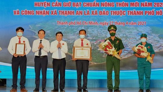 Chủ tịch UBND TPHCM Nguyễn Thành Phong: Tạo mọi thuận lợi để Cần Giờ hoàn thành nhiệm vụ ảnh 2