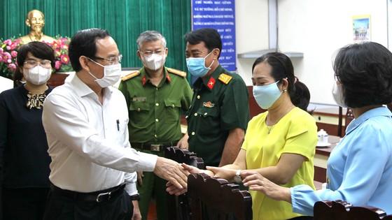 Bí thư Thành ủy TPHCM Nguyễn Văn Nên mong muốn khôi phục hình ảnh vàng son của quận 5 ảnh 2
