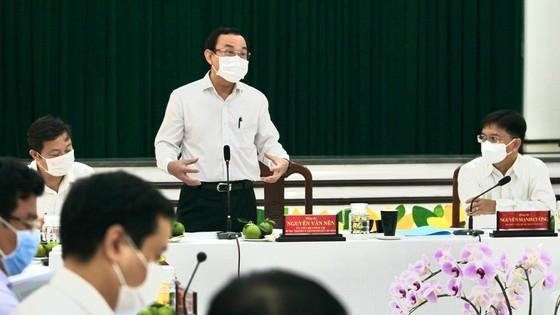Bí thư Thành ủy TPHCM Nguyễn Văn Nên mong muốn khôi phục hình ảnh vàng son của quận 5 ảnh 9