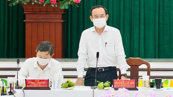 Bí thư Thành ủy TPHCM Nguyễn Văn Nên mong muốn khôi phục hình ảnh vàng son của quận 5 ảnh 1