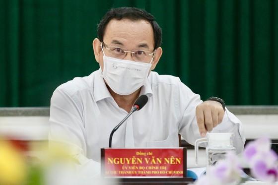Bí thư Thành ủy TPHCM Nguyễn Văn Nên: Tôi không muốn chỉ sửa chữa tạm bợ chung cư cũ! ảnh 3