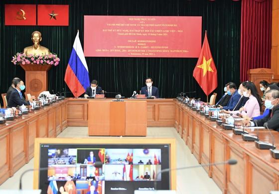 Bí thư Thành ủy TPHCM Nguyễn Văn Nên họp trực tuyến với Thống đốc thành phố Saint Petersburg ảnh 1