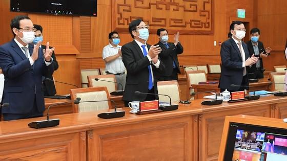 Bí thư Thành ủy TPHCM Nguyễn Văn Nên họp trực tuyến với Thống đốc thành phố Saint Petersburg ảnh 4