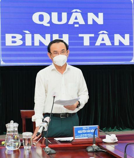 Bí thư Thành ủy TPHCM kiểm tra công tác phòng chống dịch Covid-19 tại điểm nóng Bình Tân ảnh 2