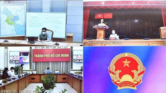 Bí thư Thành ủy TPHCM Nguyễn Văn Nên: Bình tĩnh, tự tin sớm ngăn chặn, kiềm chế, kiểm soát dịch ảnh 1
