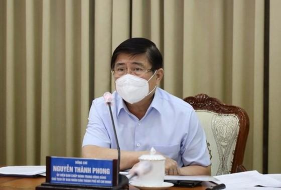 Bí thư Thành ủy TPHCM Nguyễn Văn Nên: Cách chức nếu không thực hiện nghiêm quy định phòng chống dịch ảnh 1