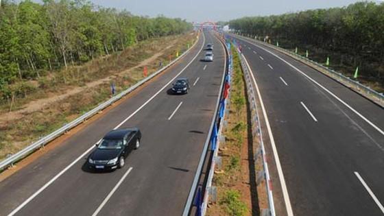 Thường vụ Quốc hội họp phiên đặc biệt cho ý kiến về cao tốc Bắc – Nam ảnh 1