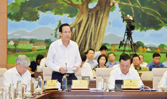 """Bộ trưởng Bộ TT-TT Nguyễn Mạnh Hùng: Không thể để """"bộ não"""" của người Việt ở nước ngoài ảnh 7"""