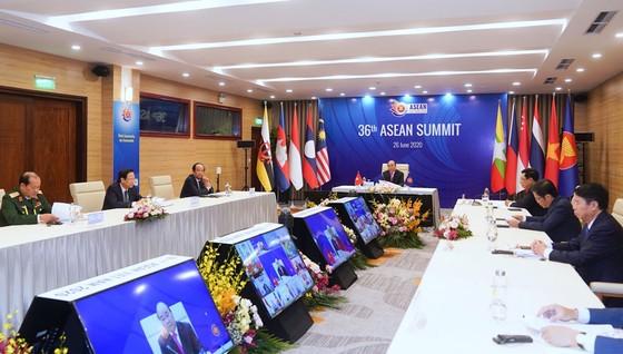 Bản lĩnh của Cộng đồng ASEAN được thể hiện rõ nét, gắn kết chặt chẽ các thành viên ảnh 7