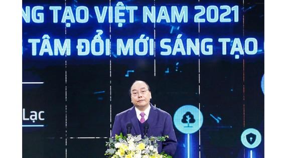 Thủ tướng bấm nút khai trương Triển lãm quốc tế đổi mới sáng tạo Việt Nam 2021 và khởi công Trung tâm Đổi mới sáng tạo Quốc gia ảnh 2