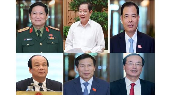 Trình Quốc hội miễn nhiệm một Phó Thủ tướng và 12 Bộ trưởng   ảnh 2