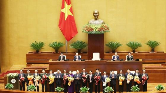 Hai Phó Thủ tướng và 12 Bộ trưởng vừa được Quốc hội phê chuẩn ảnh 3