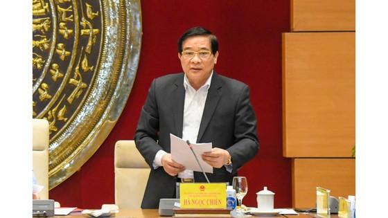 Chủ tịch Quốc hội Vương Đình Huệ làm việc với Hội đồng Dân tộc ảnh 1