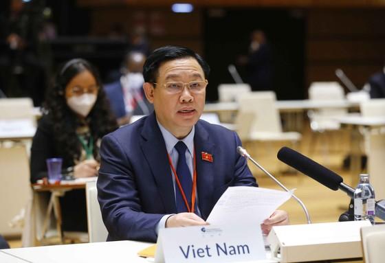 Chủ tịch Quốc hội Vương Đình Huệ phát biểu về ứng phó Covid-19 và biến đổi khí hậu ảnh 1
