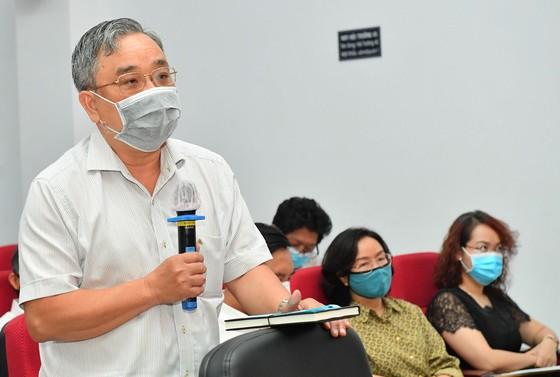 Ứng cử viên Nguyễn Thành Phong: Hiện thực hóa khát vọng phát triển, vươn lên mạnh mẽ của TPHCM ảnh 2