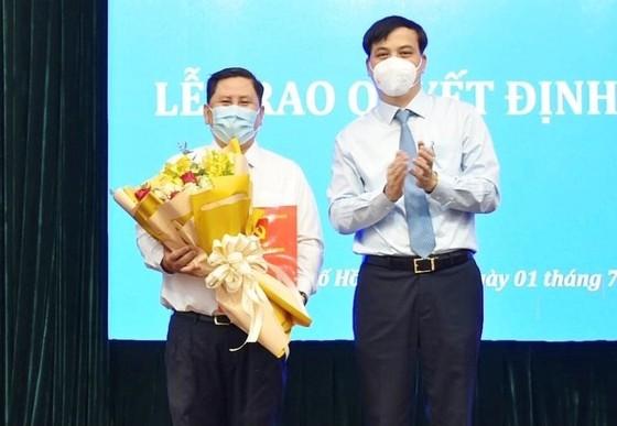 Điều động đồng chí Nguyễn Thị Thu Hường làm Chủ tịch UBND quận 10, Huỳnh Văn Tâm làm Phó Chủ tịch UBND quận 10 ảnh 1