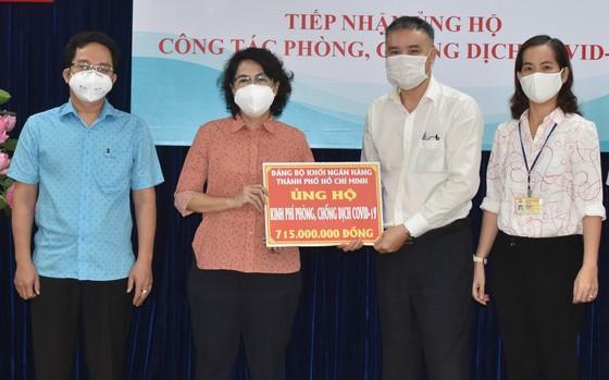 TPHCM tiếp nhận ủng hộ chống dịch gần 3,5 tỷ đồng ảnh 1